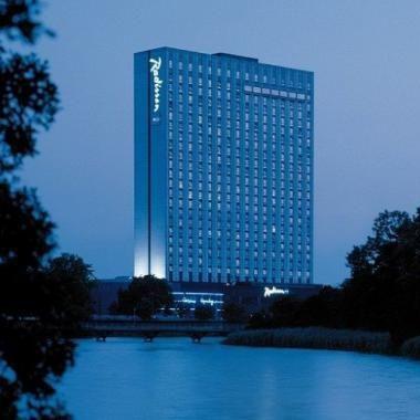 Radisson Blue Royal hotel :: Business Trip Friend